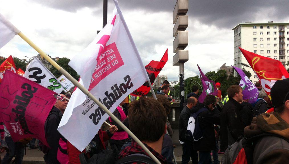 Appel à la grève des travailleur.se.s associatif.ve.s : tou.te.s dans la rue le 9 octobre 2018